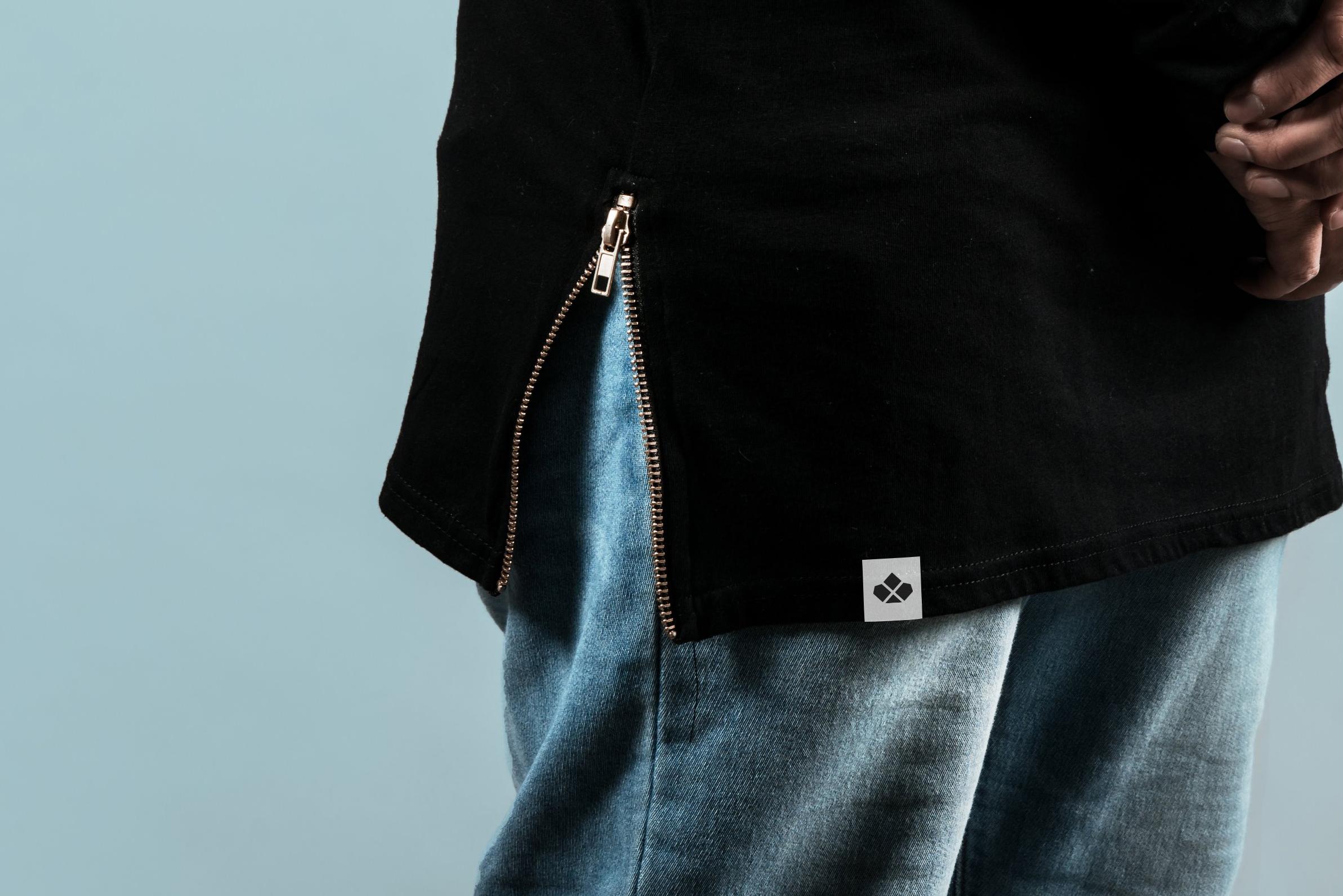 sewn-tag-mockup